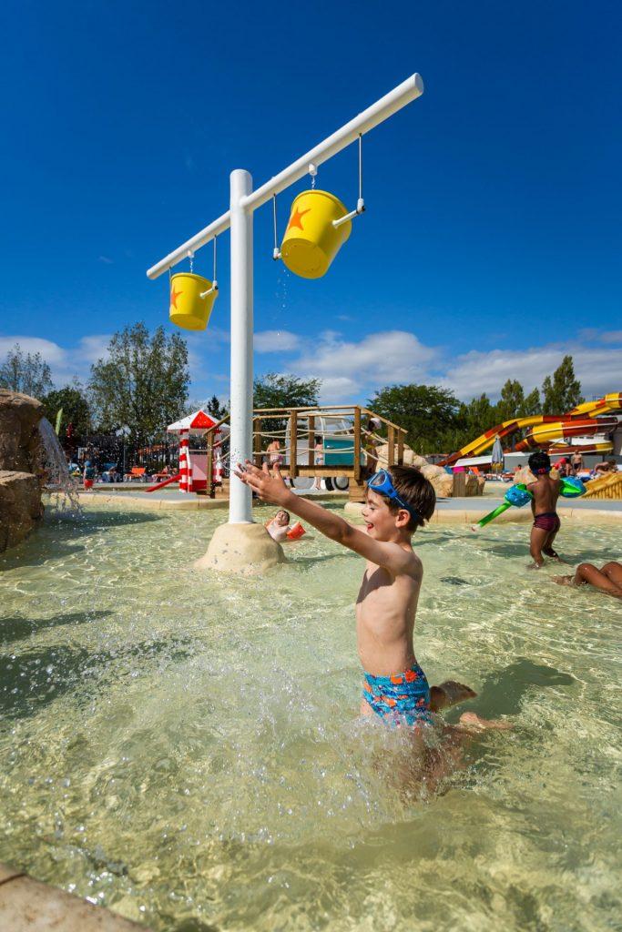Pataugeoire du camping en Vendée avec parc aquatique